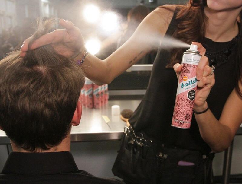 dầu gội khô cho mái tóc