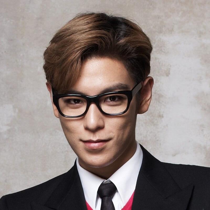 Kiểu tóc Side part Hàn Quốc vuốt rủ
