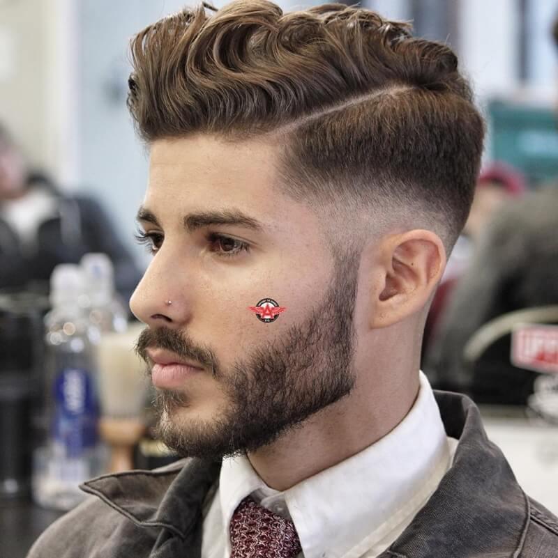 Mẫu tóc nam ngắn đẹp Side Part Xoăn