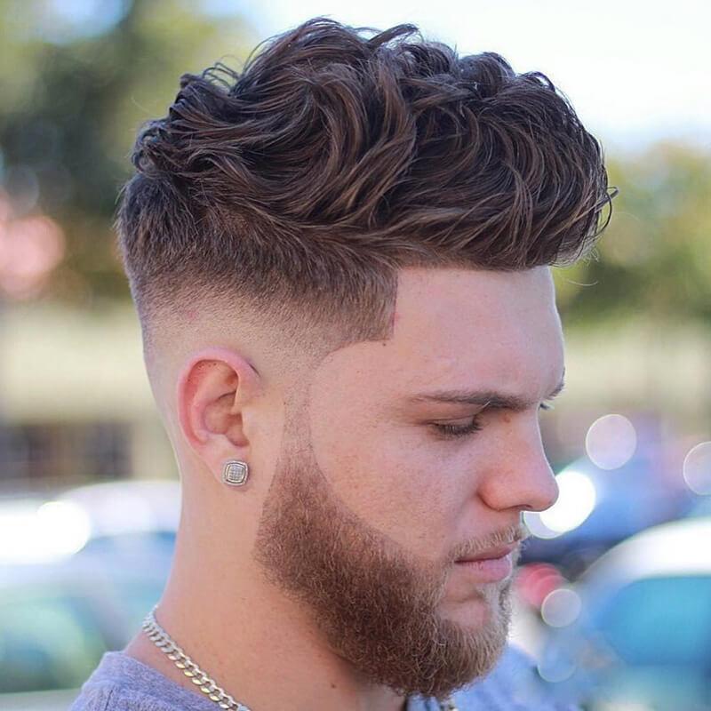 Kiểu tóc undercut uốn xoăn